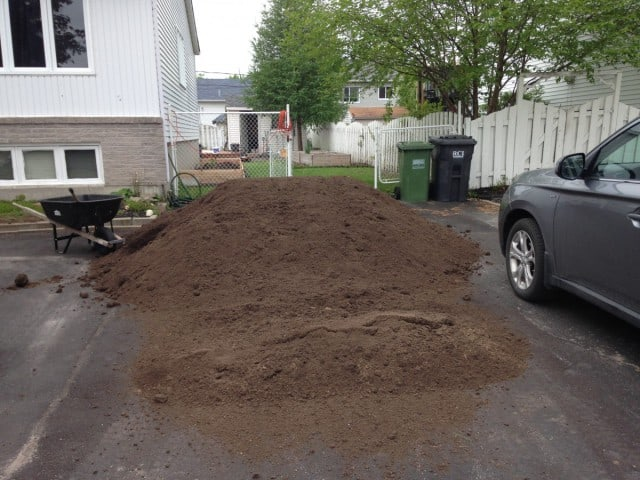 10 cubic yards of garden soil.